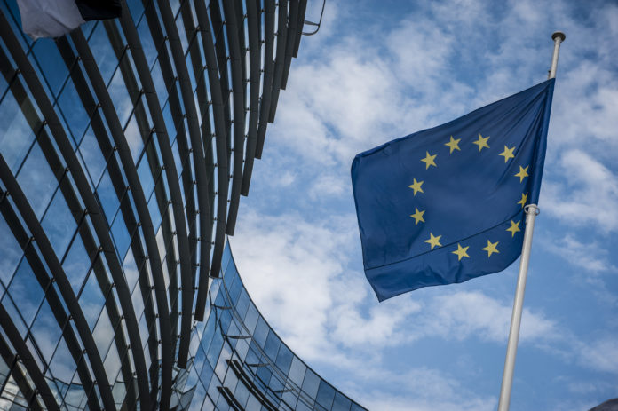 Брюксел засилва контрола на компании извън ЕС, които искат да купят европейски фирми