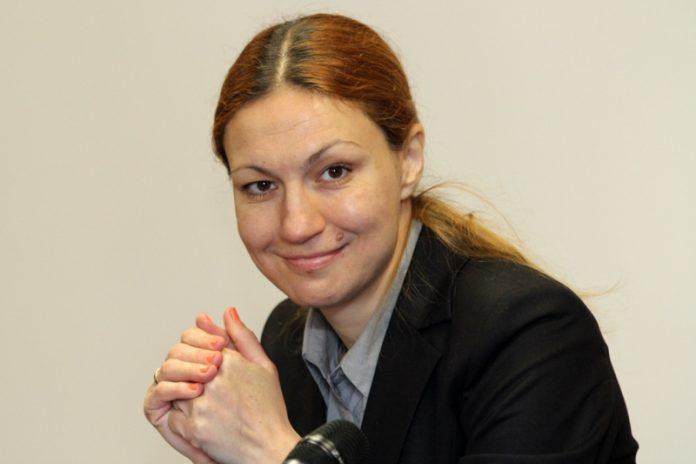 Десислава Николова, еврозона