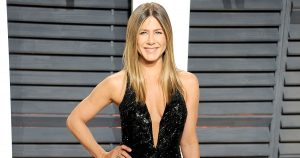 jennifer-aniston-zoom-1358175b-28b0-445a-9ad1-d0fbd1c01986