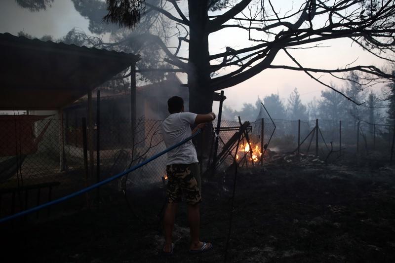 пожари в Гърция