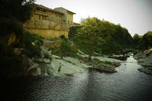 Река_Веселина_-_Капиновски_водопад