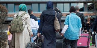 бежанци , мигранти