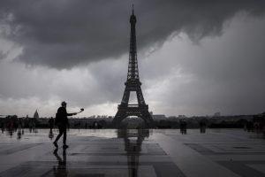 бурята Елеонор, Франция