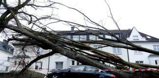 Ураганен вятър в Западна Европа