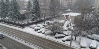 сняг, София