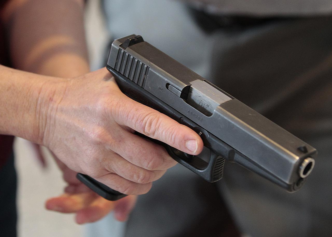 Продължават стрелбите в американски училища