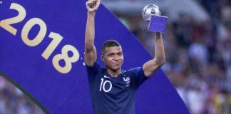 Месеци преди началото на Световното първенство по футбол в Русия, френският национал и играч на Пари Сен Жермен Килиан Мбапе заяви,