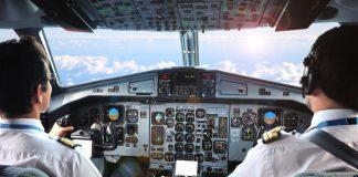 """ЕС въвежда правила за по-строга оценка на менталното здраве на пилотите след катастрофата със самолета на авиокомпания """"Джърмануингс"""""""