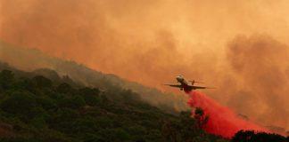 Огнеборците в Калифорния постигнаха значителен успех в овладяването на горските пожари. 20% от най-големия пожар, к