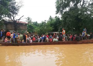 наводнение, Лаос