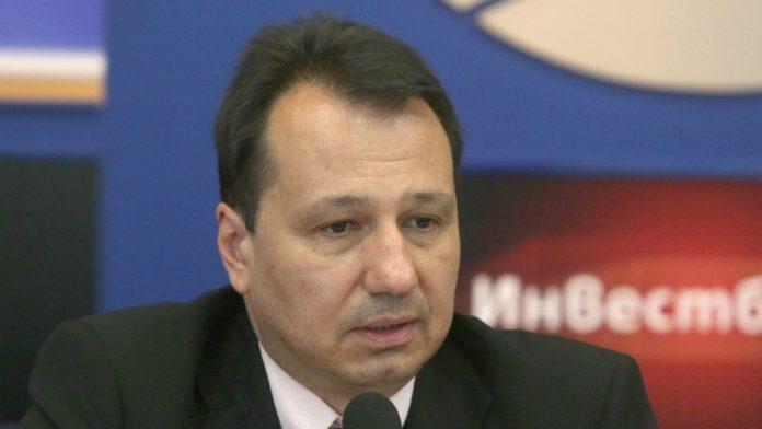 Юлиан Войнов