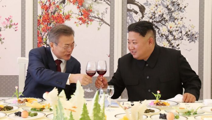 Мун Дже-ин и Ким Чен-ун