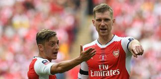 Ozil-and-Mertesacker