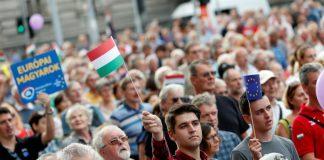 Орбан, протест