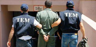 turkish-police-arrest-turkish-soldiers