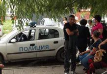 полицаи, ромски квартал
