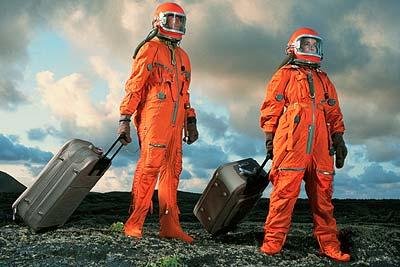 космически туризъм