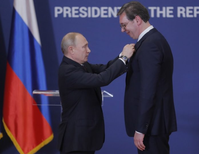 Александър Вучич, Владимир Путин