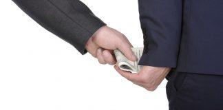 корумпираната, корупция
