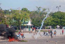 Хаити, размирици