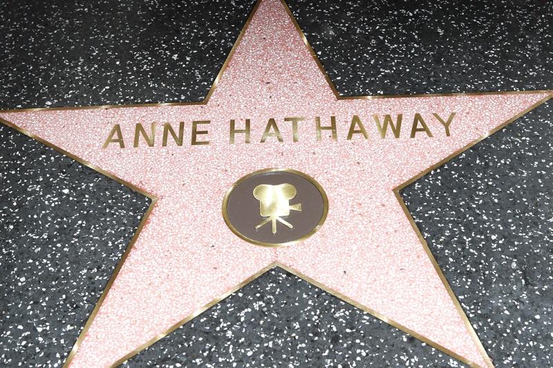 Ан Хатауей, звезда, Алея на славата