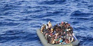 ай-малко 70 мигранти се удавиха, след като лодката им се преобърна и потъна във водите на Тунис. След инцидента 16 са били спасени от рибари, според тунизийската агенция Африке. Малко след появата на новината местните власти заявиха, че десетки мигранти са изчезнали, информира Спутник. Това стана, след като миналата седмица либийската брегова охрана заяви, че е спасила над 90 мигранти, опитвали се да достигнат до Европа нелегално. Европейският съюз преживява мащабна миграционна криза от 2015 г. насам поради притока на стотици хиляди мигранти и бежанци, бягащи от кризи в родните си страни в Близкия изток и Севернаmigrants Африка.