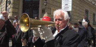 Червеният тромпет