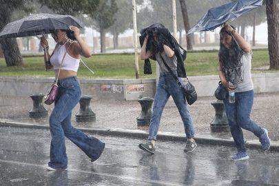 Гърция, поройни дъждове, бури