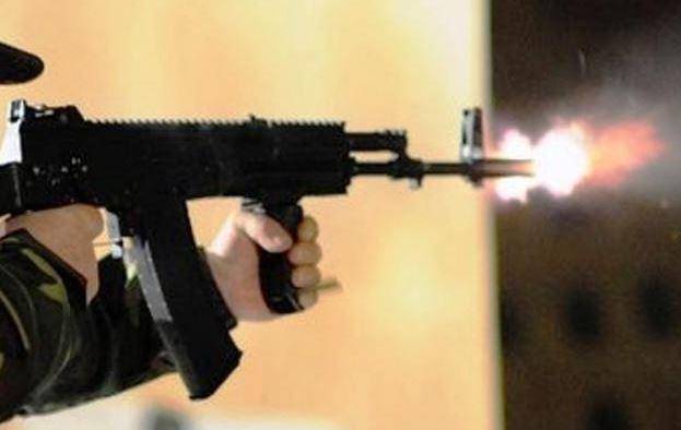 руска база, стрелба