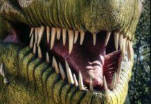 динозаври, чудовища