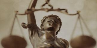 съд, Темида