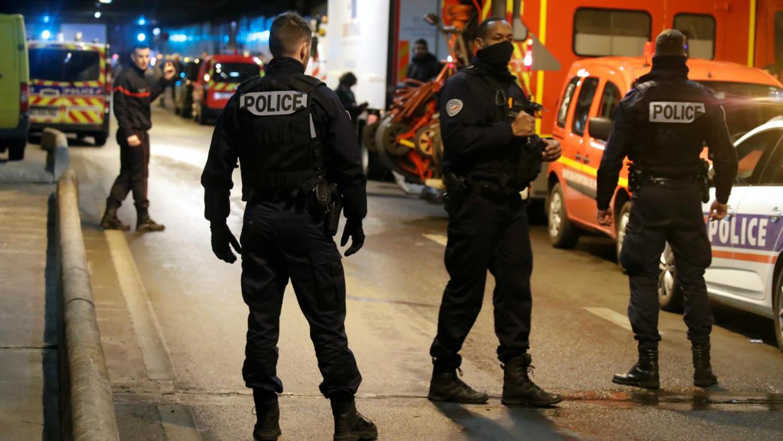 Париж, стрелба