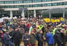 протест, хотелиери