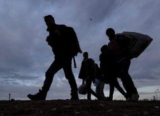 Мигранти, бежанци, Гърция, граница убежище
