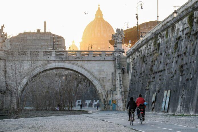 Италия блокада