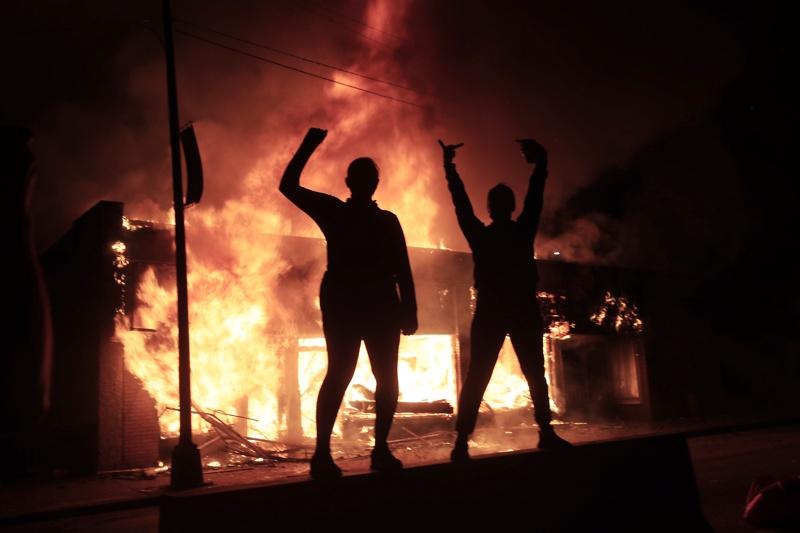 Джордж Флойд, убийство, чернокож, протести, САЩ