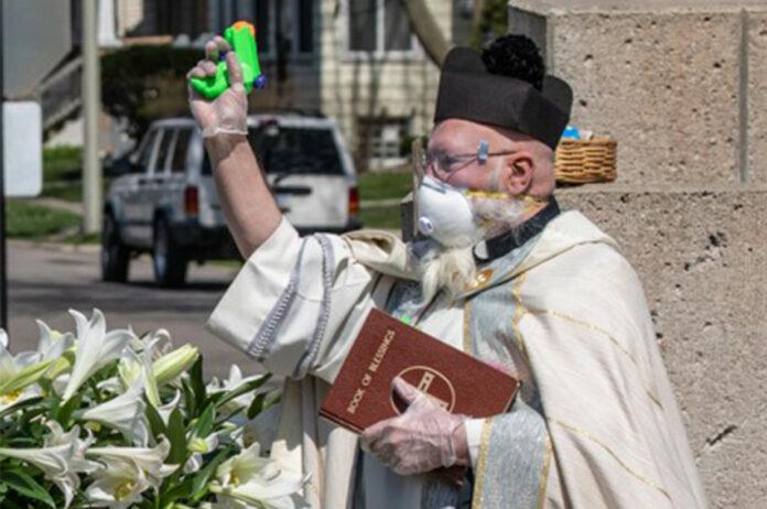свещеник
