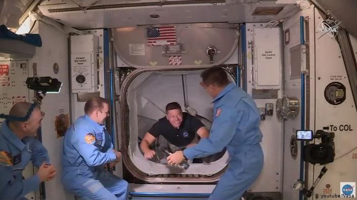 SpaceX, NASA