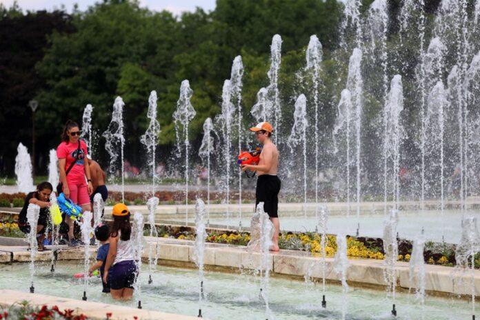 жега фонтани
