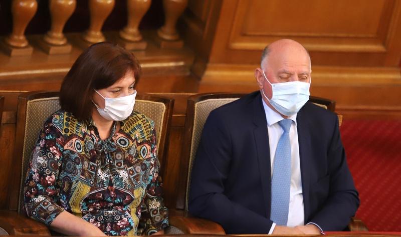 представляващият Висш съдебен съвет (ВСС) Боян Магдалинчев и главният съдебен инспектор Теодора Точкова