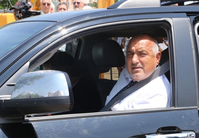 Бойко Борисов в джипа