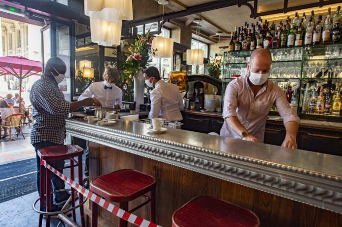 заведение Франция коронавирус