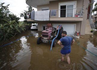 Гърция наводнение