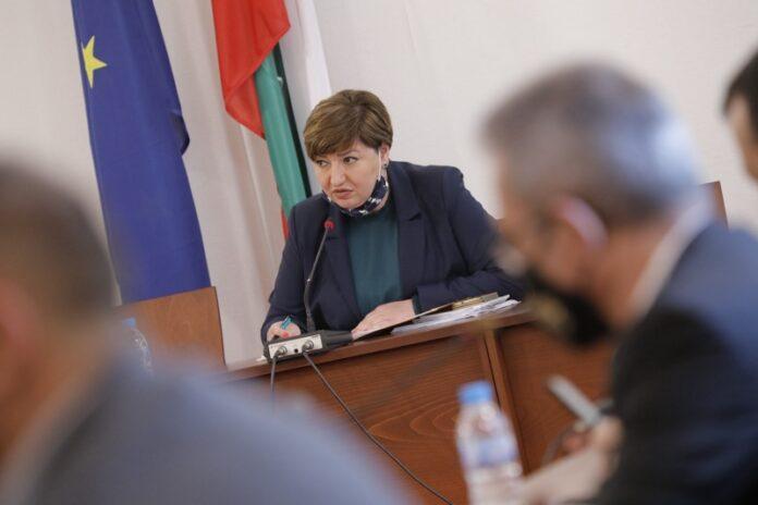 Анна Александорва, председател на Правната комисия