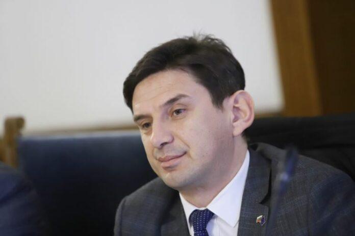 Халил Летифов