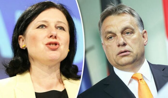 ера Йоурова и Виктор Орбан