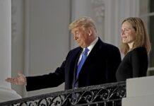 Доналд Тръмп и Ейми Кони Барет