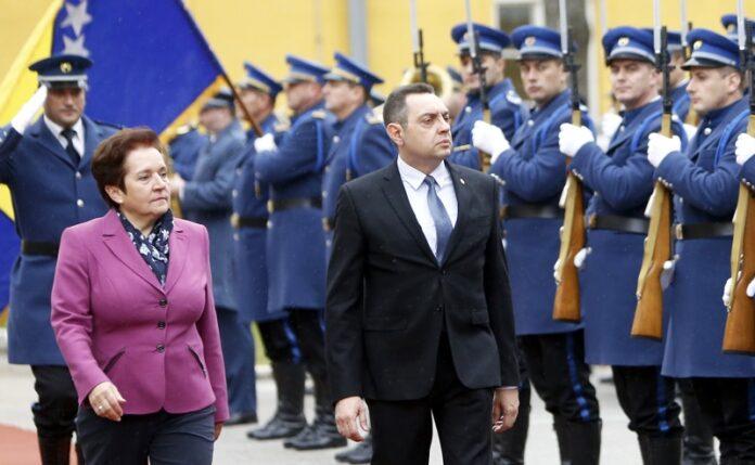 министър мигранти