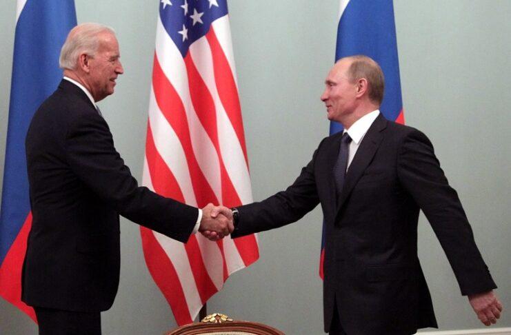 Путин Байдън