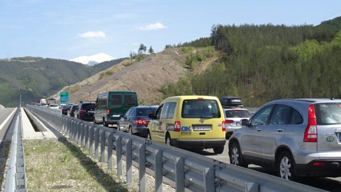 почивни дни задръствания магистралите
